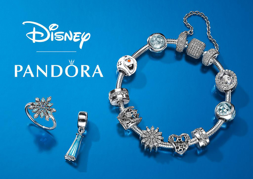 Visual of Pandora Disney jewelry in web AR